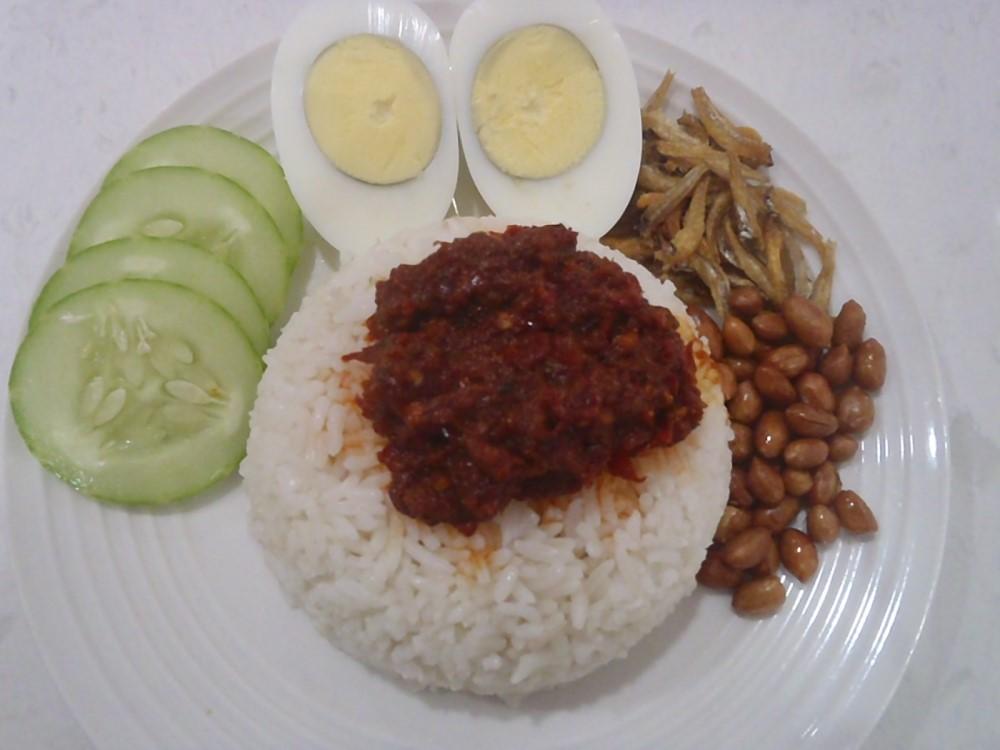 Nasi Lemak With Spicy Sweet Sambal